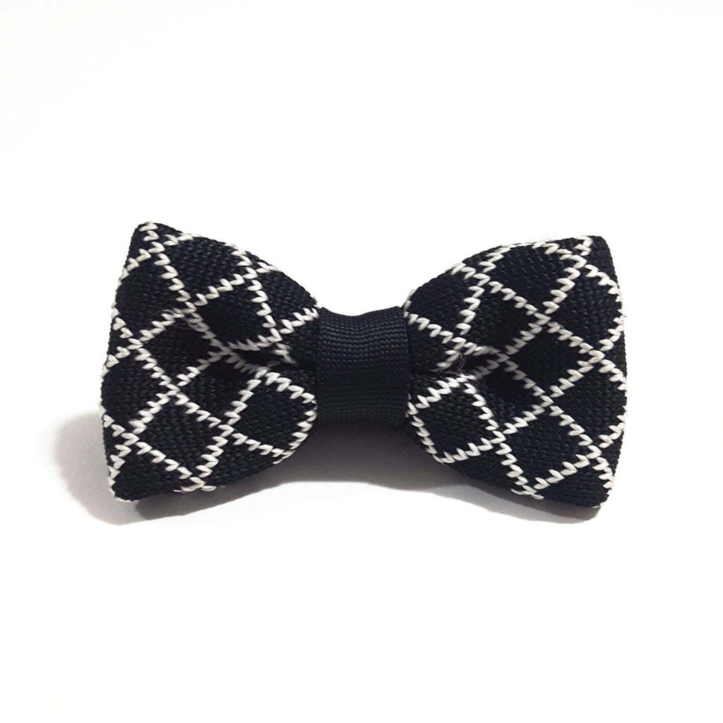 Kids Black & White Pattern Knit Bow Tie