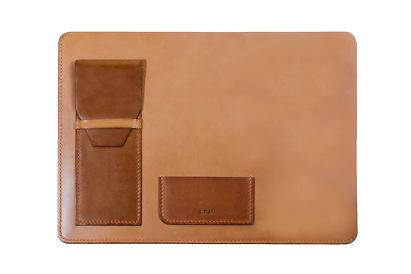 A.DAN Document Sleeve