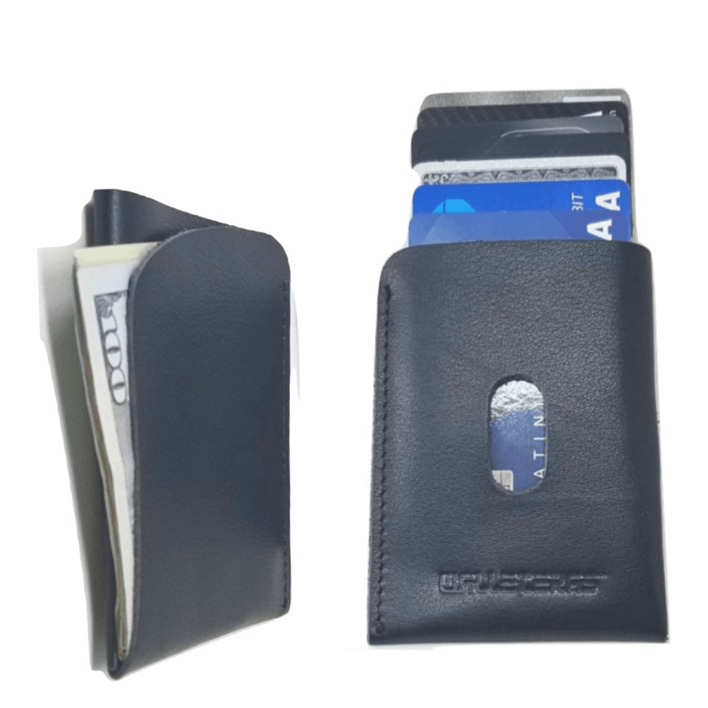 Minimalist Card Holder in Black Leather - POKET
