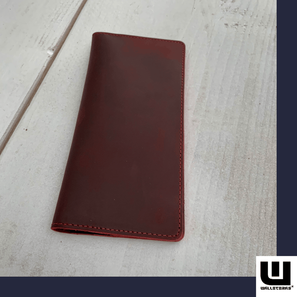 Long Wallet in Crazy Horse Leather Long wallets WALLETERAS Red