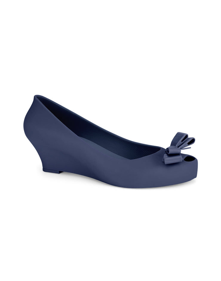 Penelope Navy Round Toe Pumps