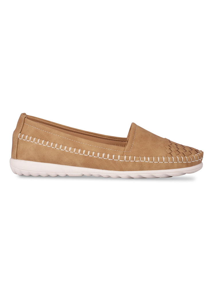 Abelia Round Toe Beige Loafers