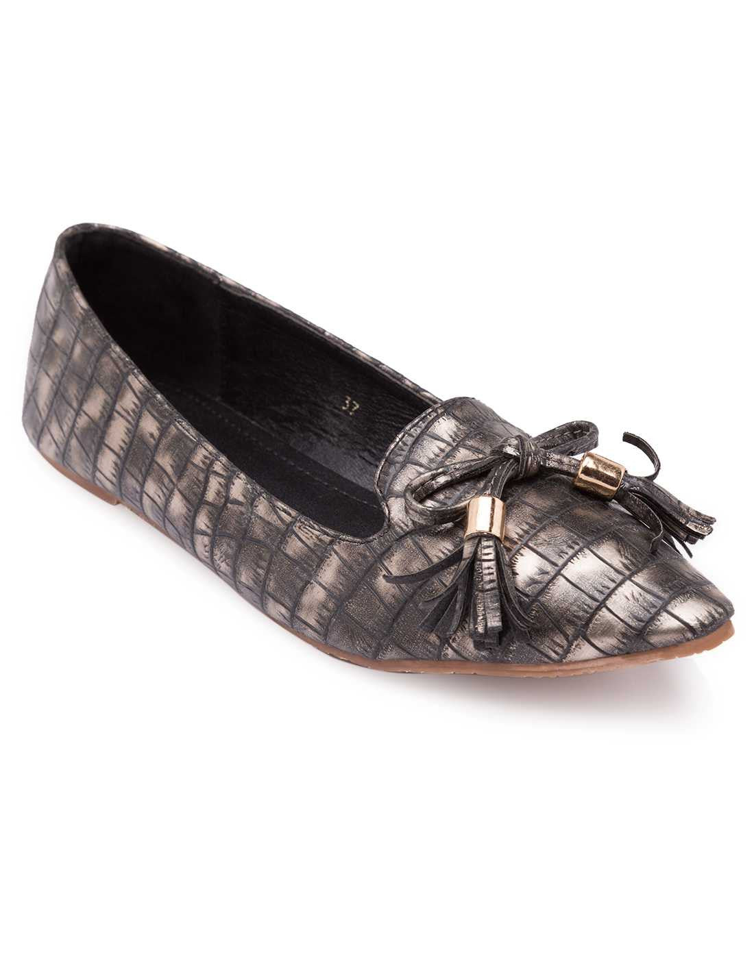 Lissa Loafer Flat