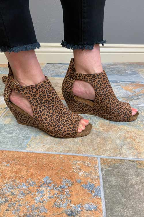 Shoes Corkys Sunburst II Wedge in Leopard Corkys Footwear
