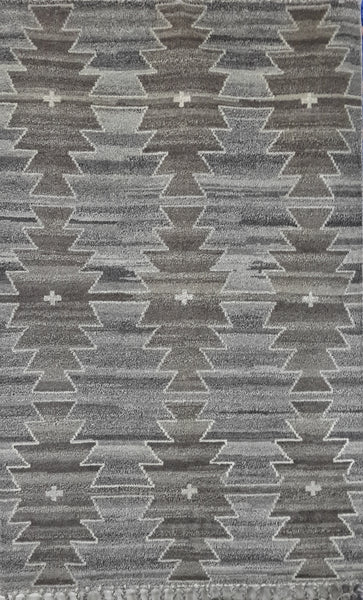 Handknotted Vintage Style 5x8ft carpet