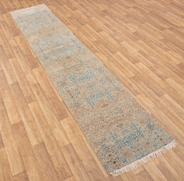 Hand-knotted long Runner 2