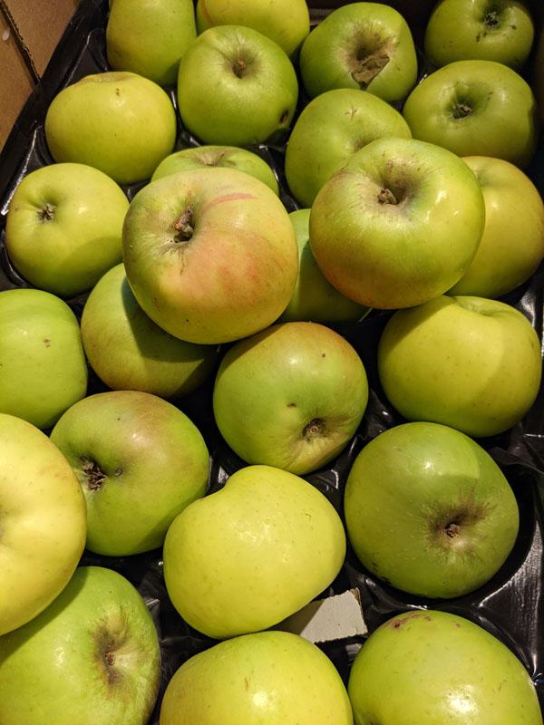 Bramley Apples, per 300g
