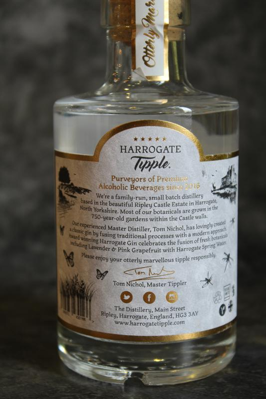 Load image into Gallery viewer, Harrogate Tipple Gin 20cl