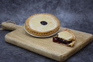 Load image into Gallery viewer, Small Black Cherry Pie