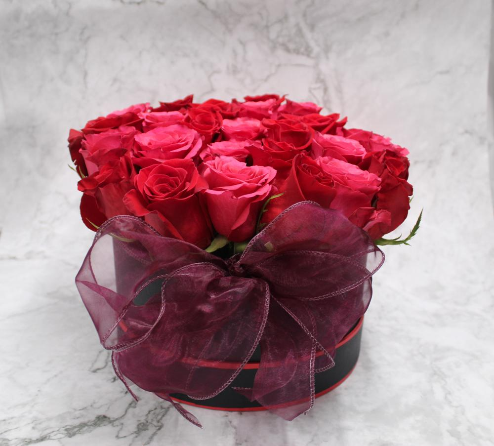 Red & Pink Rose Hat Box