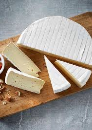 Load image into Gallery viewer, French Brie 250g