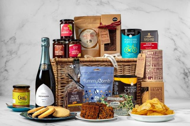 Yorkshire Favourites With Fizz  (With Wicker Basket) - FREE DELIVERY