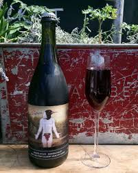 The Tight Cluster Sparkling Shiraz 75cl