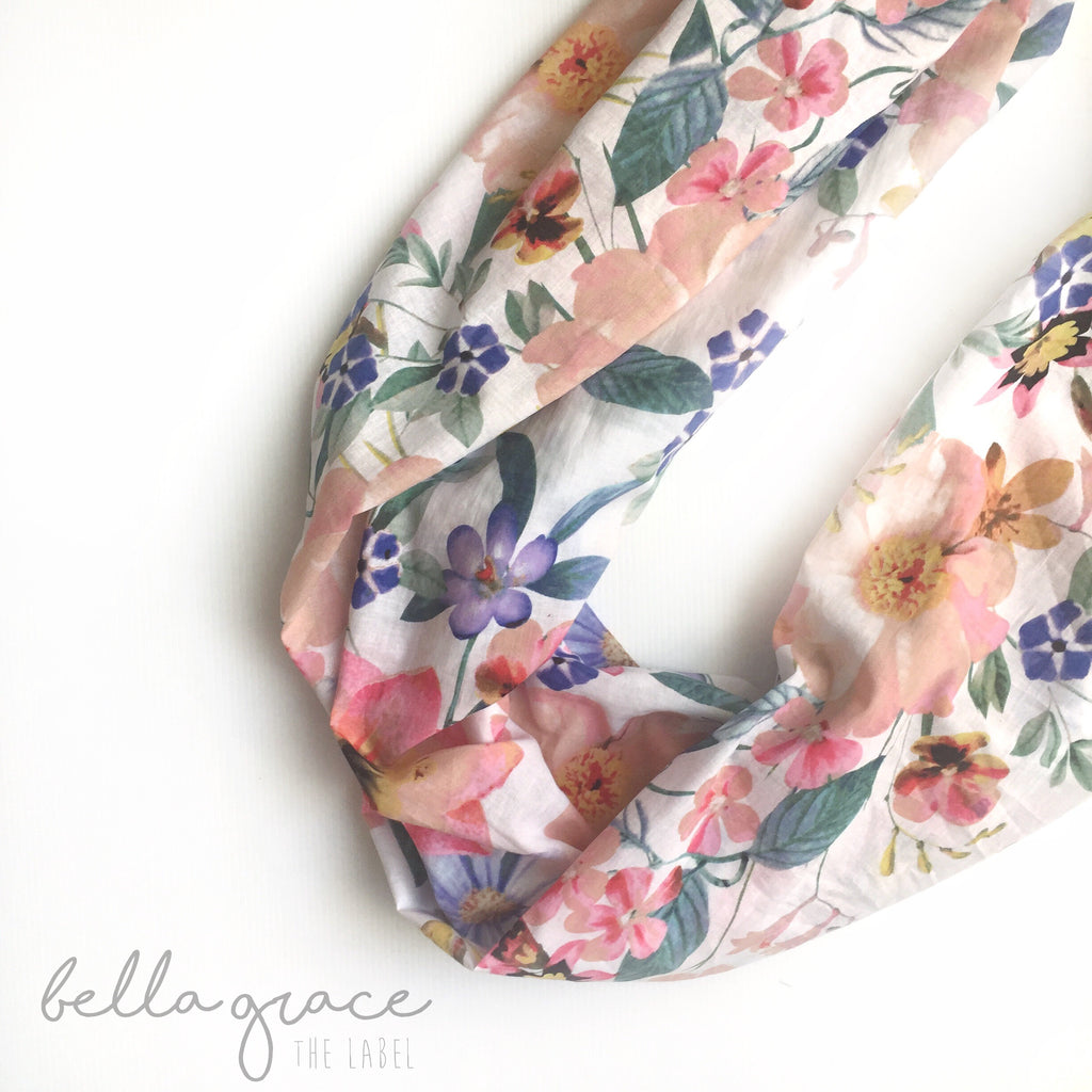 Bella Grace - the Ultimate Cotton snood