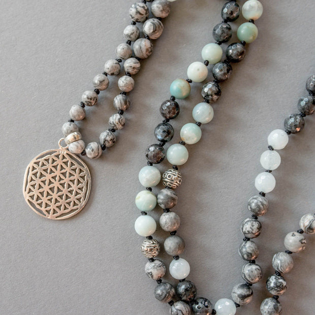 Flower of Life Gemstone Mala with Labradorite and Amazonite, Manipura - Handmade in Amsterdam