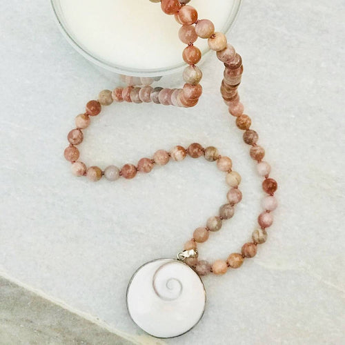 Life is a Peach Gemstone Mala, Manipura - Handmade in Amsterdam