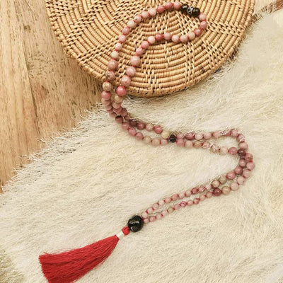 Rhodonite and Garnet beads Gemstone Mala, Manipura - Handmade in Amsterdam