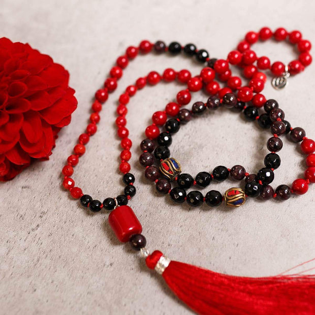 Red Coral and Black Onyx Gemstone Mala, Manipura - Handmade in Amsterdam