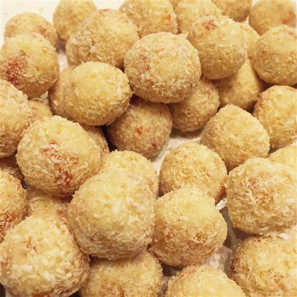 Dee's fave Christmas recipe - Apricot Macadamia Truffles