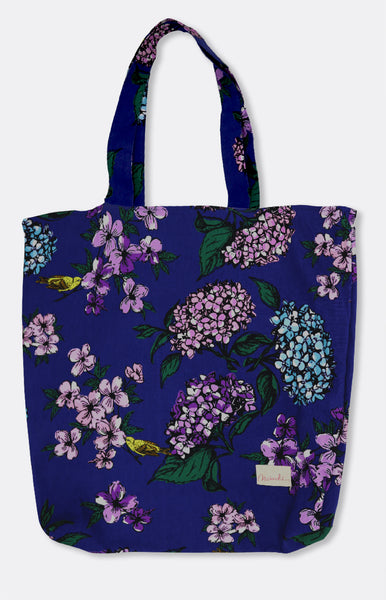 reversible tote in blue hydrangea
