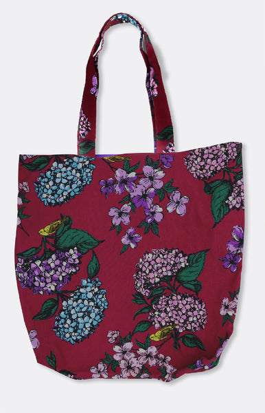 reversible tote in plum hydrangea