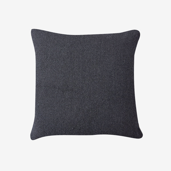 QINAYA PILLOW - GRAPHITE