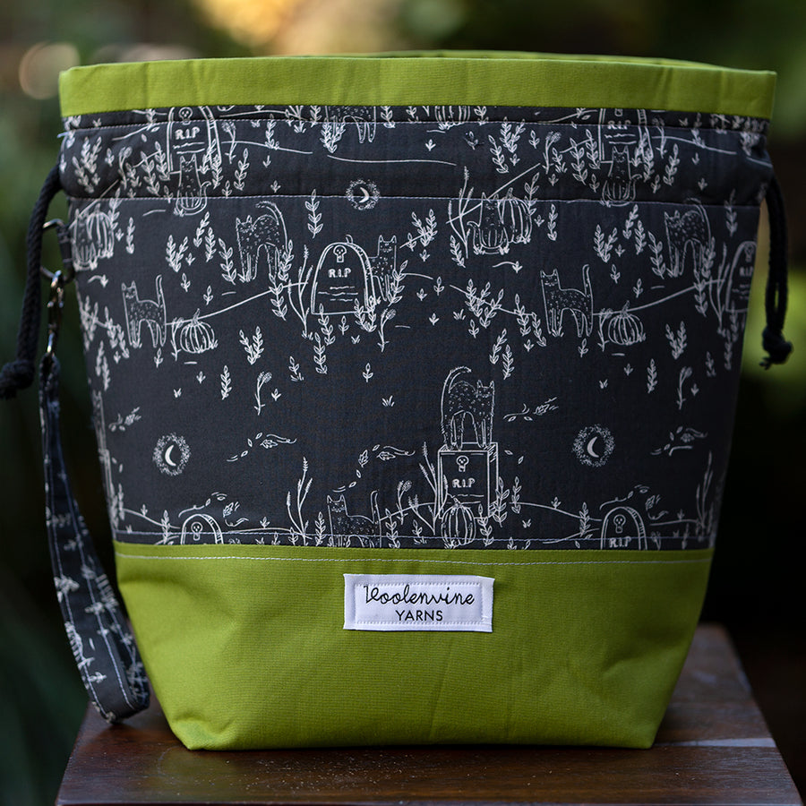 Night Of the Undead Cats (Green), DRAWSTRING PROJECT BAG