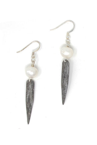 Arrow snare earrings