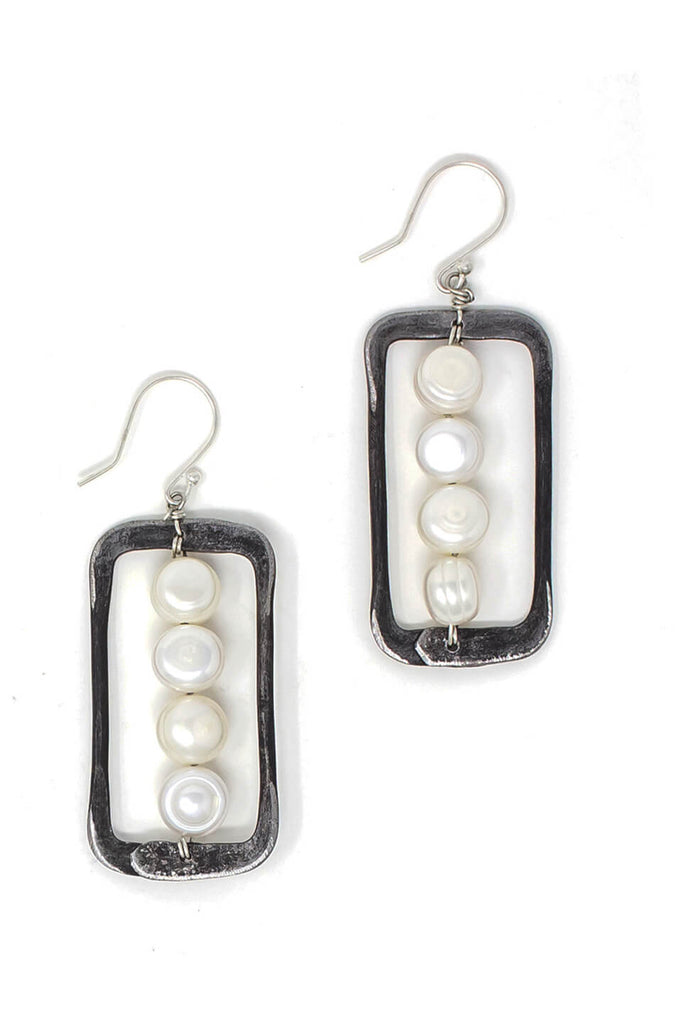 Pearl and snare earrings