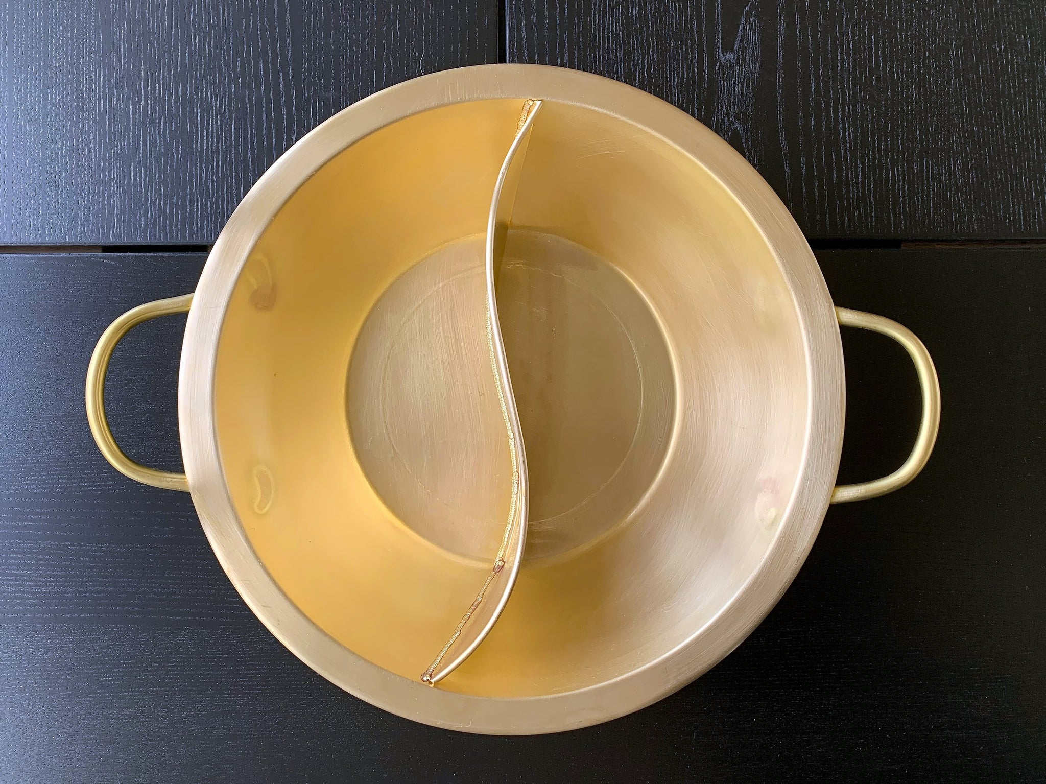 Yin-Yang Hot Pot (Handmade Brass) for International