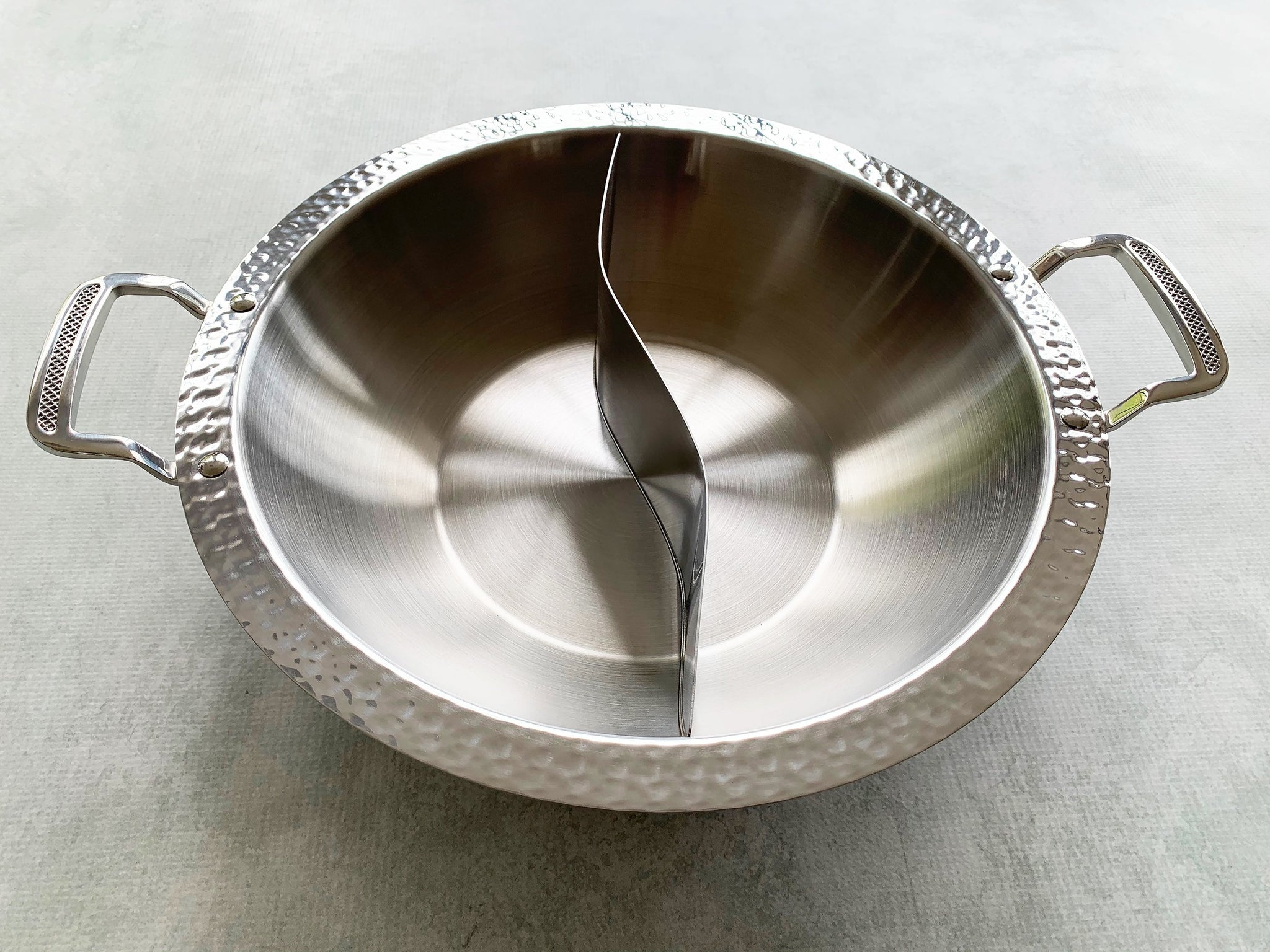 Yin-Yang Hot Pot (Heavy Gauge Stainless Steel) for International