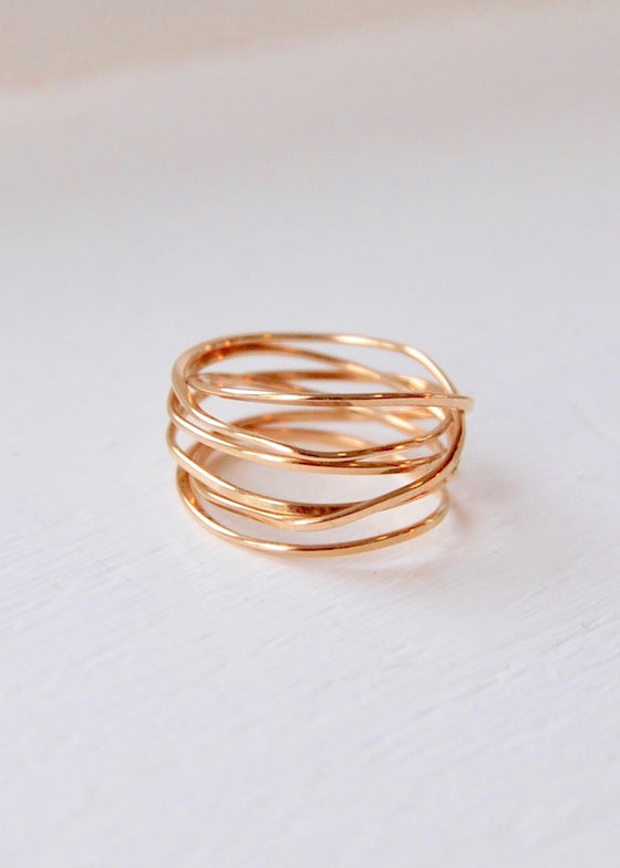 Lightly Bound | 6 Strand Yellow Gold Ring