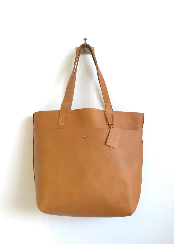 Meyelo | Lily Tote | Medium Tan