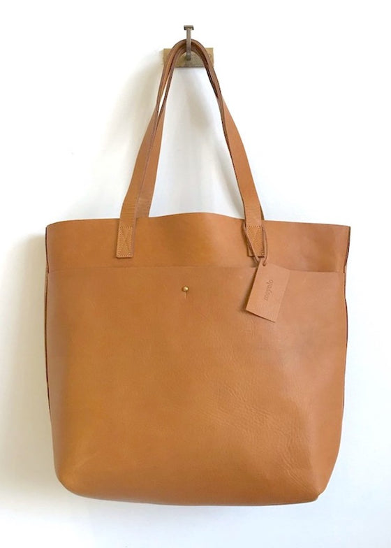 Lily Tote | Large Tan