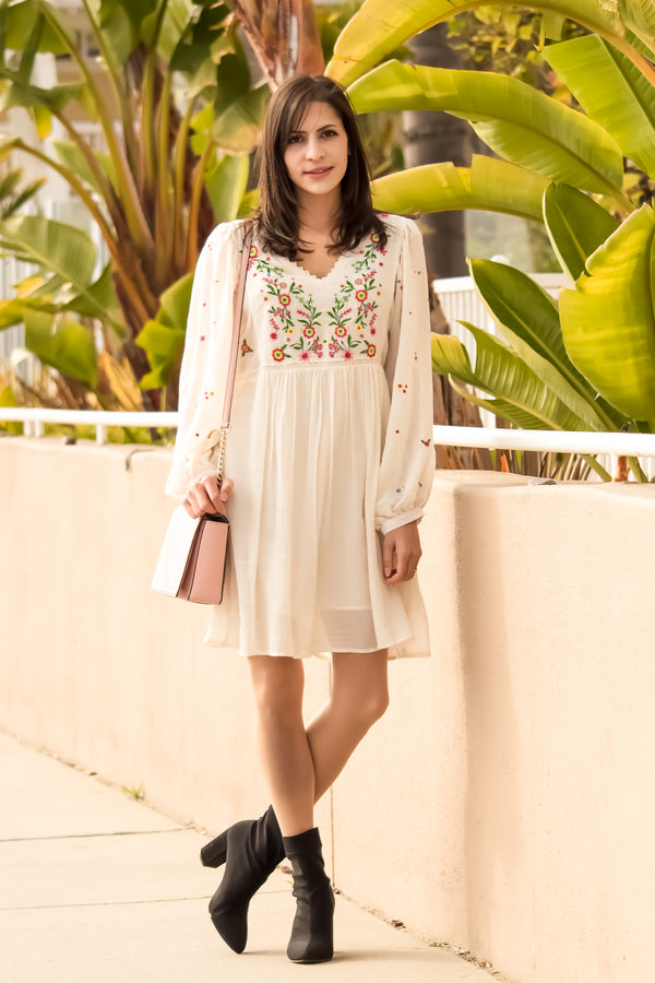 28 Romantic Must Have Spring & Summer Date Outfits!