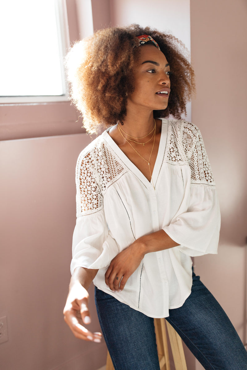 Gracie Lacey Shoulder Top In Ivory