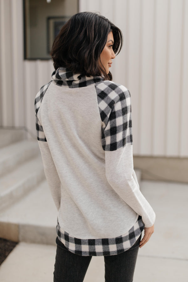 Plaid Details Top in Grey