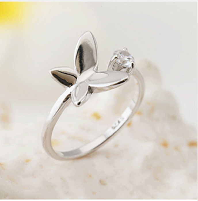 The new simple fashion heart and one wing butterfly crystal  silver plated with openings