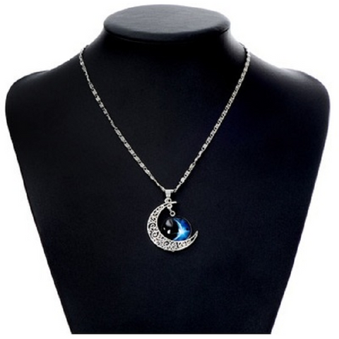 Antique tone Silver Moon Pendant -  New Fashion Finds By Carole