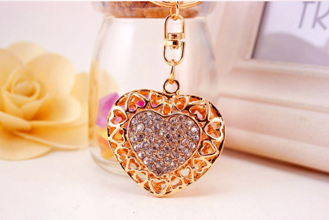 Clear Hollow Out Love Heart Key Chains Rings Holder For Lovers Sweetheart Pendant For Car Rhinestone Keyrings KeyChains -  New Fashion Finds By Carole