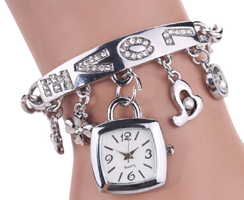 Women's Flower Heart Love Style Rhinestone Stainless Steel Chain Bracelet Wrist Watch