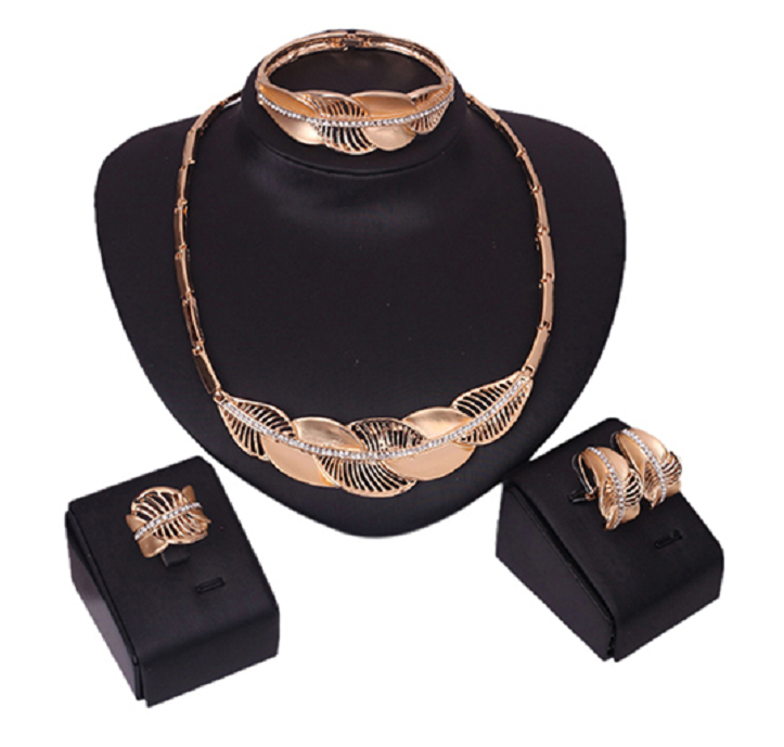 Set of beautiful choker, earrings, bracelet and ring. -  New Fashion Finds By Carole