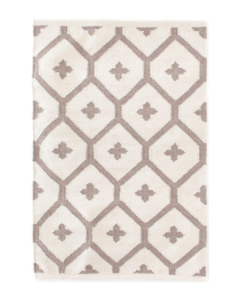 Elizabeth Sand Indoor / Outdoor Rug Swatch
