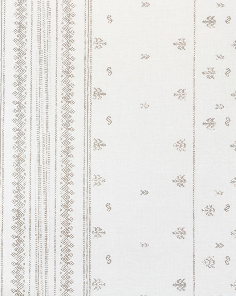Lulie Distressed Patterned Wallpaper