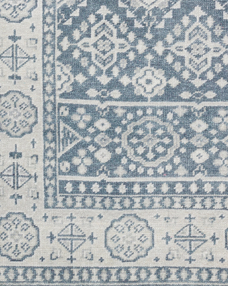 St. Cloud Denim Hand-Knotted Rug Swatch