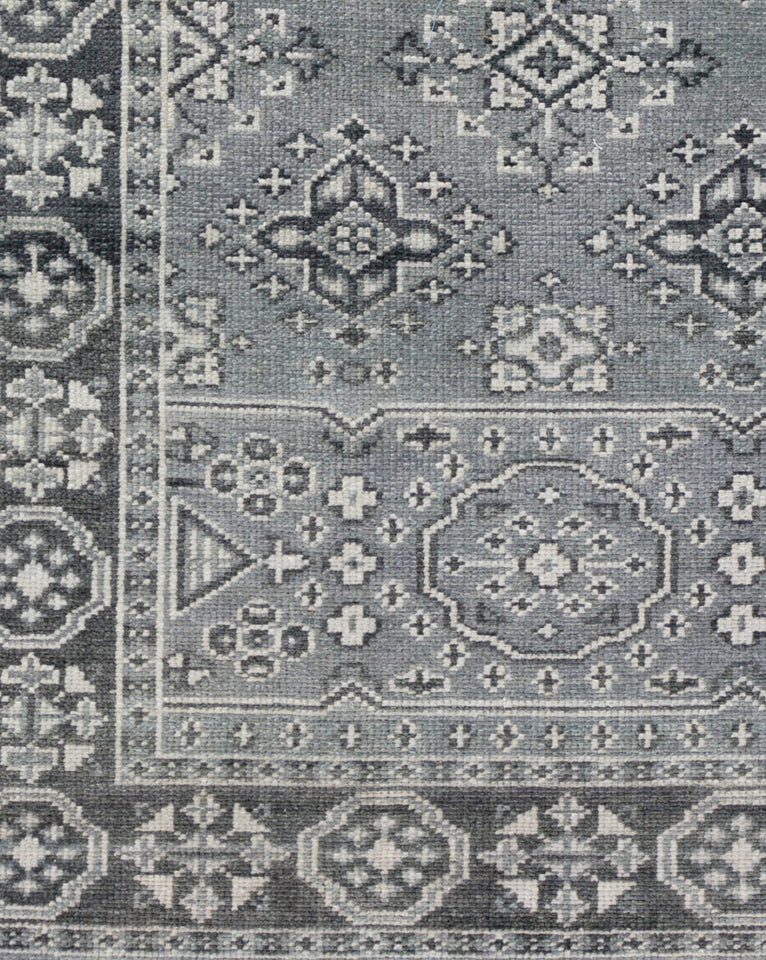 St. Cloud Teal Hand-Knotted Rug Swatch