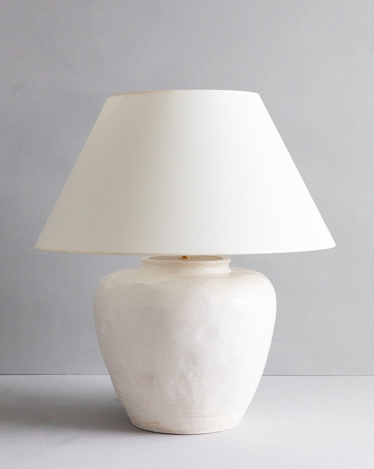 Vintage Ceramic Vase Table Lamp