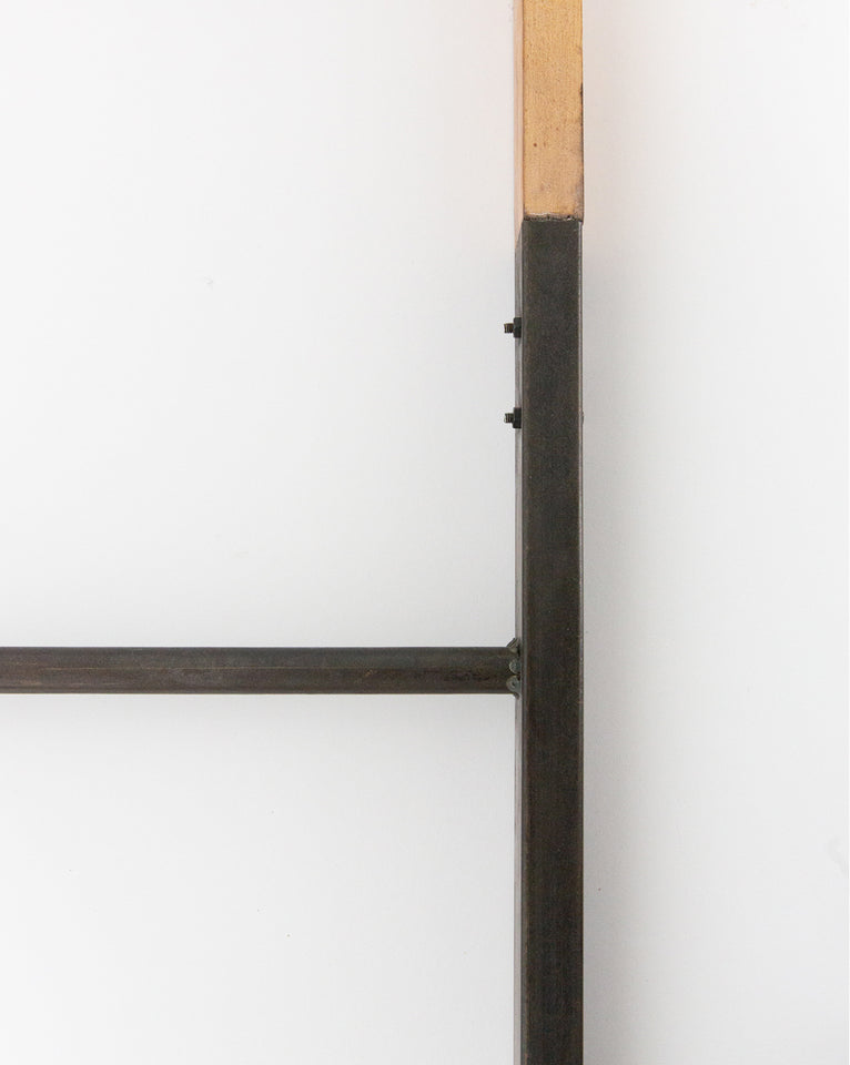 Metal & Wood Ladder