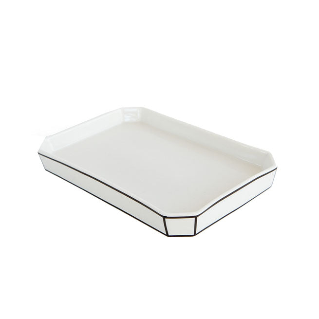 Outlined Trays