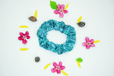 Scree Scrunchie | Green Mountain - Kind Apparel